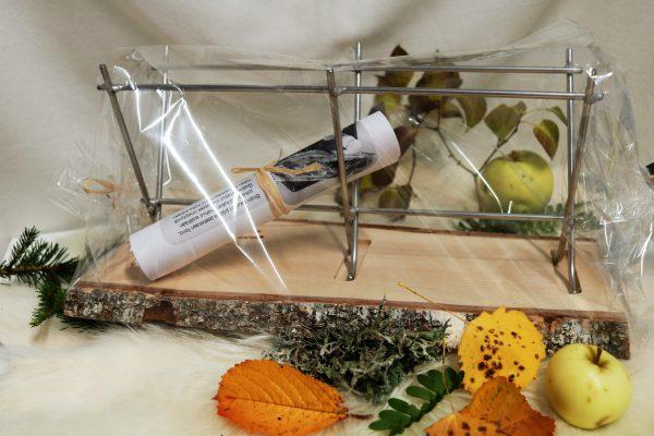 Suomessa käsityönä valmistettu innovatiivinen kalankypsennysteline